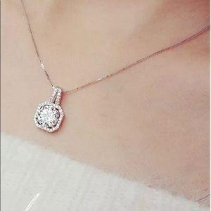 925 Sterling Silver Cubic Zircon Pendant Necklace